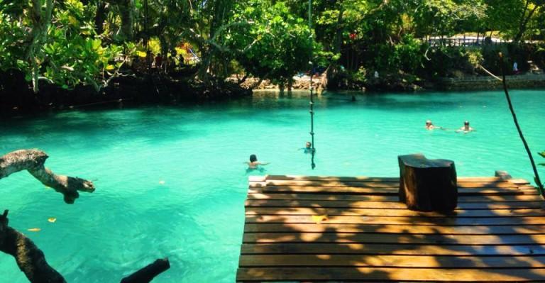 blue lagoon port vila efate vanuatu
