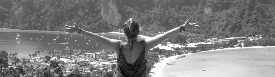 Katie Steinharter Thailand best friends trip