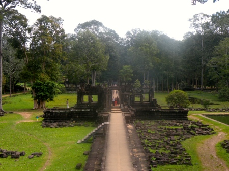 baphuon cambodia