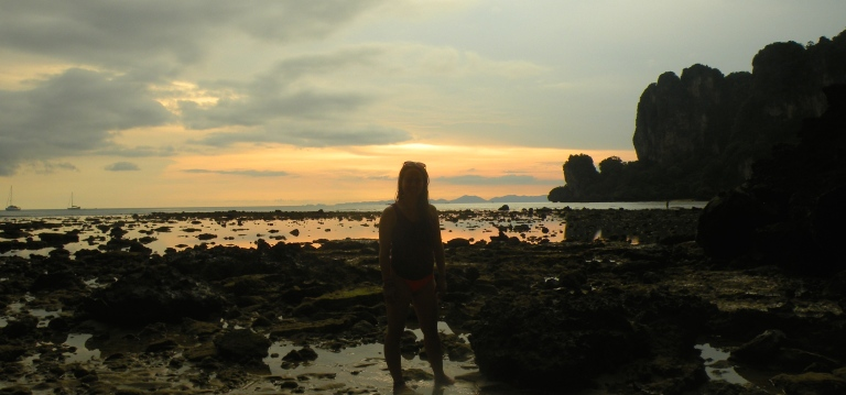 tonsai bay sunset