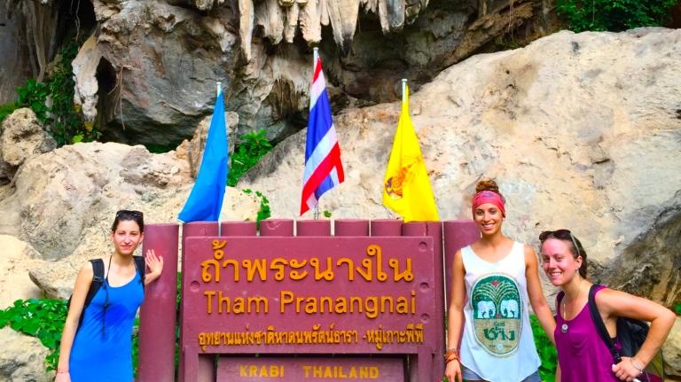 tonsai cave thailand